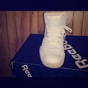 Reebok white clean